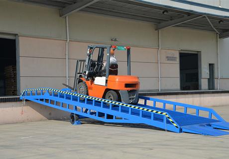 移动式卸货平台